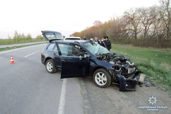 ДТП під Хмельницьким. МАN не розминувся із Volkswagen, двоє постраждалих