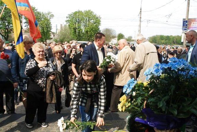 Хмельничани вшанували ліквідаторів Чорнобильської катастрофи