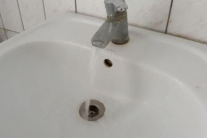7 травня мешканці кількох будинків на Прибузькій залишаться без води