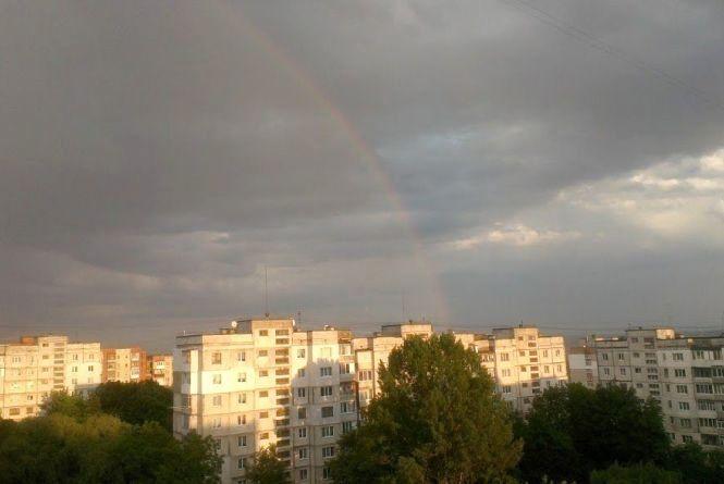У середу, 16 травня, Хмельницький заливатиме дощем та задуватиме вітром