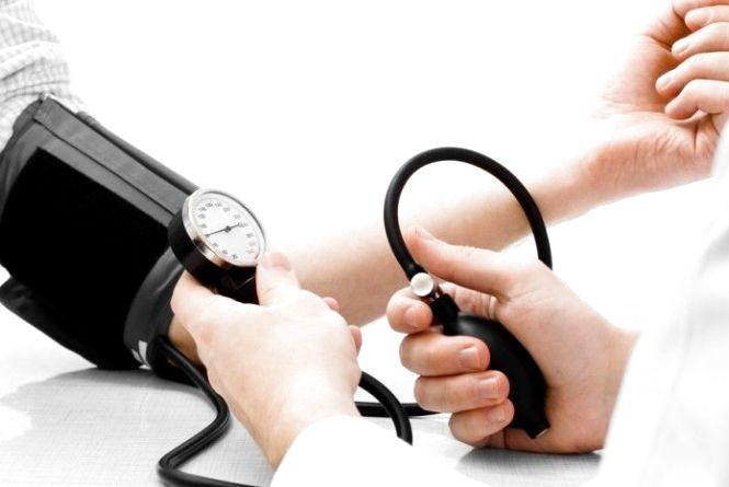 Сіль, лінь та стрес – головні причини гіпертонії