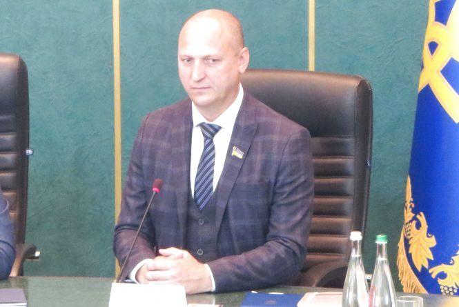 Вадим Лозовий - новий голова Хмельницької ОДА. Чим багата його декларація?