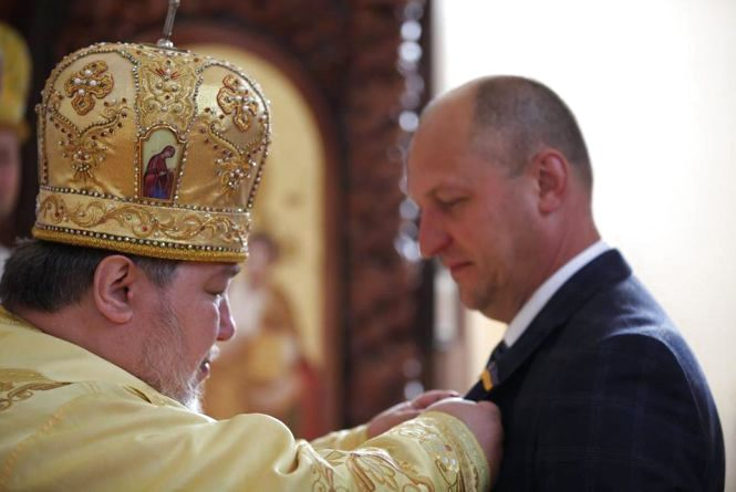 Очільника Хмельницької ОДА нагородили церковною медаллю