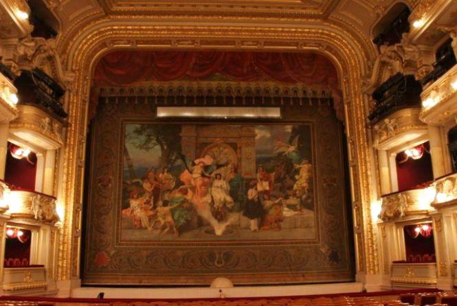 Побудувати оперний театр у Хмельницькому пропонує місцевий мешканець Дмитро