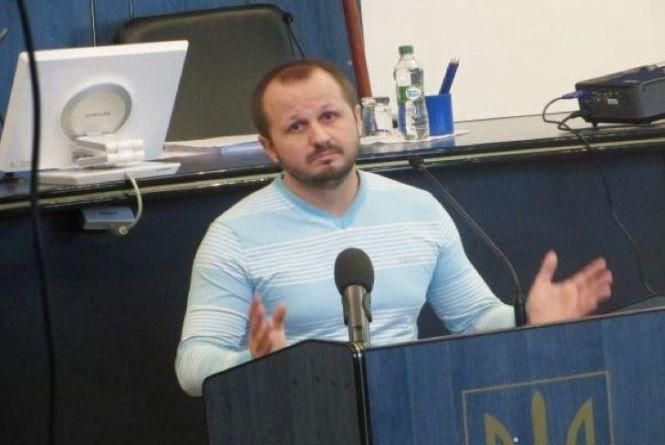 Симчишин підписав розпорядження про звільнення Романа Миколаїва