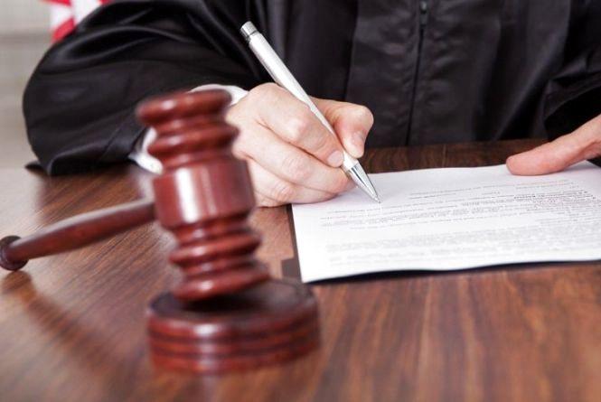 Засуджений за вбивство брата шепетівчанин намагався вийти на волю