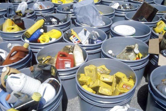 Де і коли хмельничани зможуть безкоштовно здати небезпечні відходи