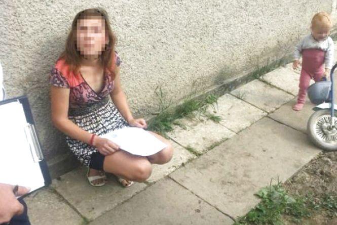 27-річну хмельничанку, яка хотіла продати двох дітей, взяли під варту
