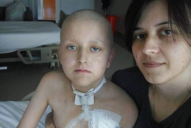12-річний Артем Шаткевич хворий на рак. Батьки просять допомогти на операцію