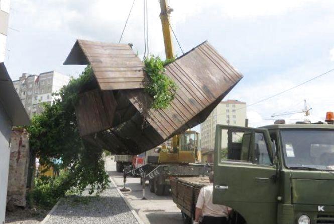 На Озерній демонтують 17 гаражів