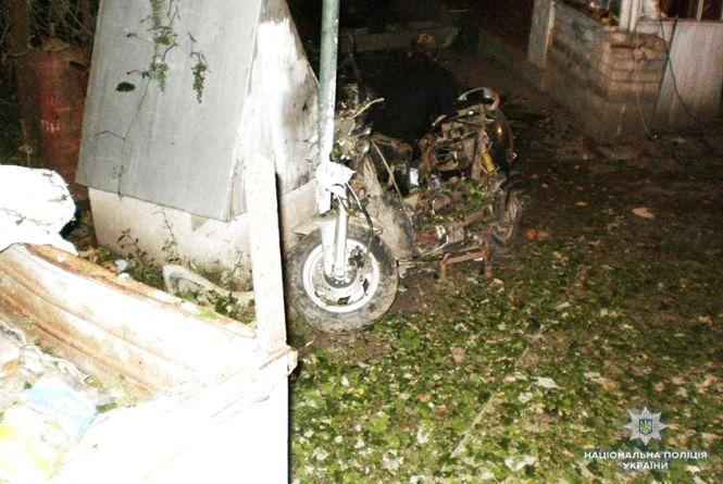 Лякав дружину та дітей: мешканець Деражнянщині підірвав вдома тротилову шашку