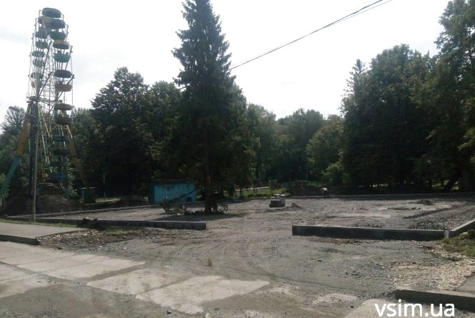 Будівництво парковки у парку Чекмана: до справи причетний забудовник Скочеляс
