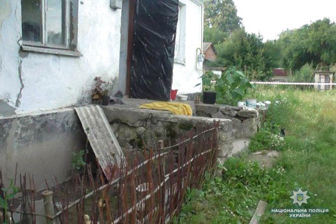 У Віньковецькому районі пенсіонер ледь не вбив  30-річного чоловіка