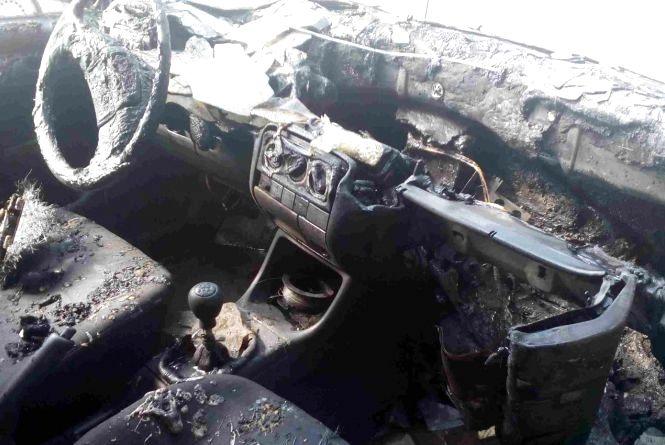"""В Теофіполі згорів """"Volkswagen Golf"""""""