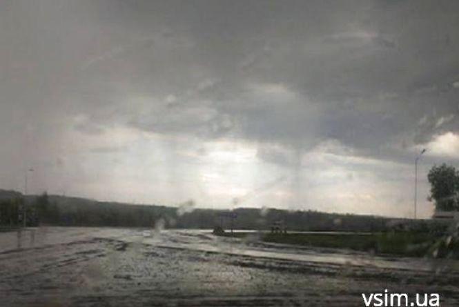 Затопить знову? Синоптики обіцяють дощ з грозою  хмельничанам 23 липня