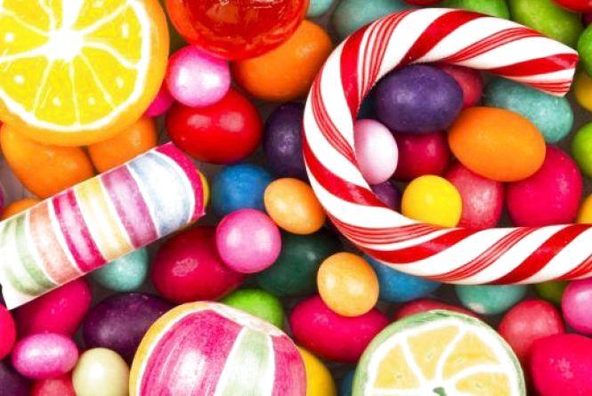 Менші порції та корисні альтернативи: Супрун дала поради тим, хто не може відмовитися від солодкого