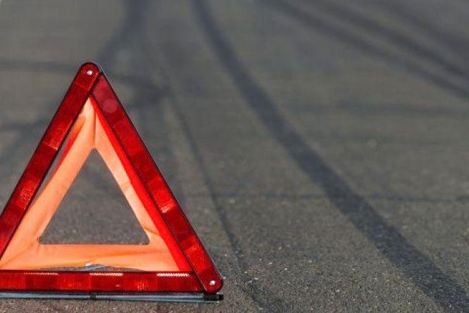 """На Кам'янеччині """"Renault"""" збив 66-річного чоловіка. Він у лікарні"""