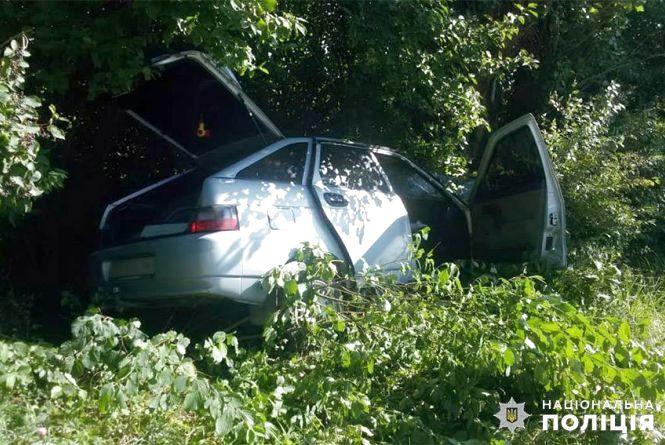 """У Городоцькому районі """"ВАЗ"""" влетів у дерево. 29-річний водій загинув на місці"""