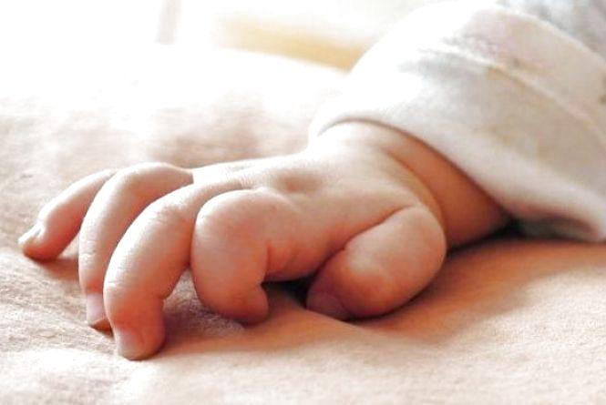 Так загуляла, що і забула, де поділа доньку. Знайшли жінку, яка у Кам'янці покинула немовля на вулиці