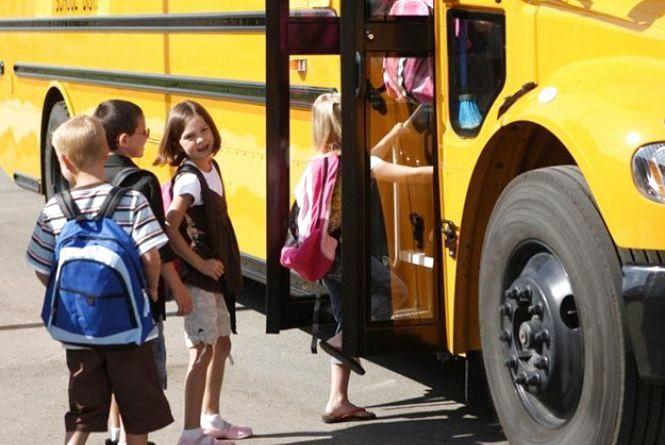 В Кам'янці школярі не платитимуть за проїзд. Як буде у Хмельницькому