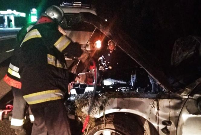 """Біля Хмельницького перекинувся """"Mitsubishi"""": 22-річний водій загинув на місці"""