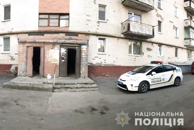 У квартирі в Гречанах батько вбив власного сина
