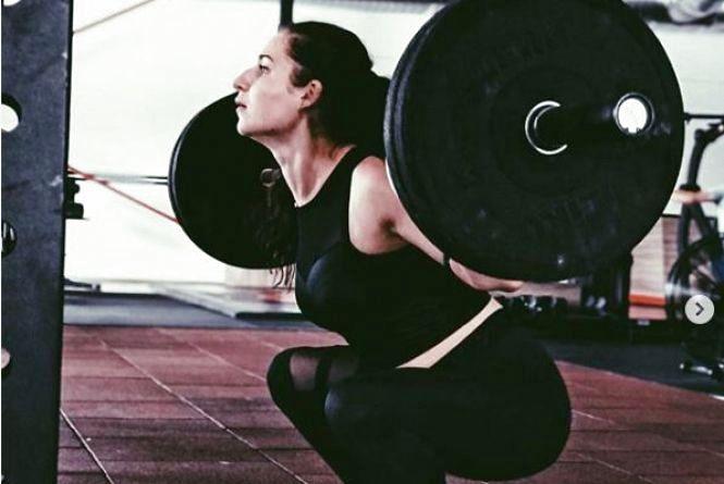 Хмельницький в Instagram: спортивні дівчата, які тренуються в місцевих спортзалах
