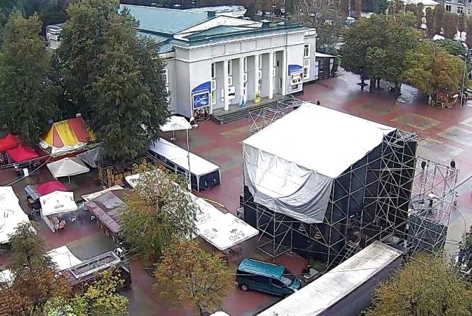 """Погода у Хмельницькому: """"The Hardkiss"""" послухаємо без дощу?"""