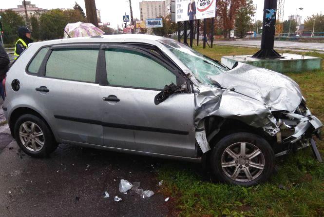 """Смерть пішохода і багато аварій з """"Volkswagen"""": хроніка ДТП у Хмельницькому"""