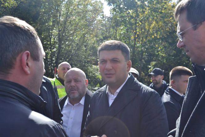 Прем'єр Гройсман відвідав Хмельниччину: де побував і що говорив