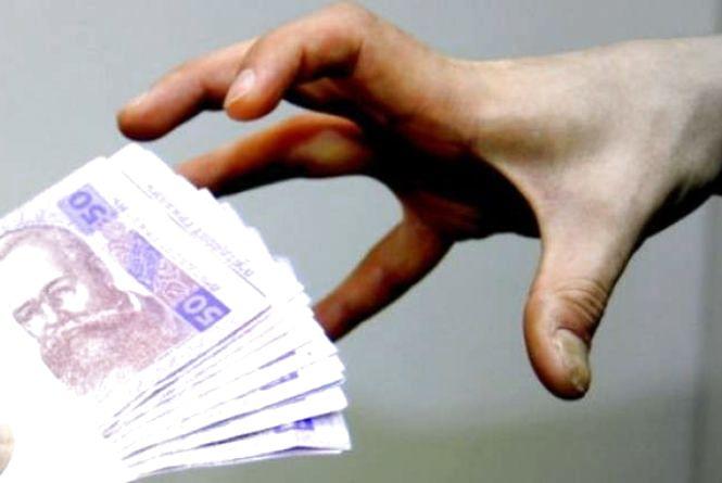 Хмельничани за добу віддали шахраям майже 100 тисяч гривень: як найчастіше розводять людей