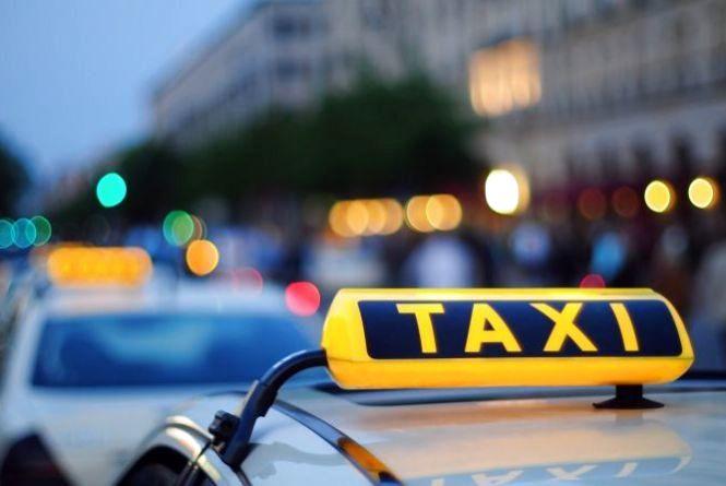 17 тисяч гривень штрафу заплатить хмельничанин, який таксував нелегально