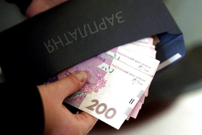 Майже на два мільйони оштрафували видавництво на Хмельниччині за неоформлених працівників