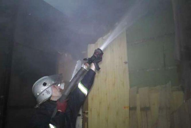 У пожежі в Ярмолинцях врятували 10-річну дитину