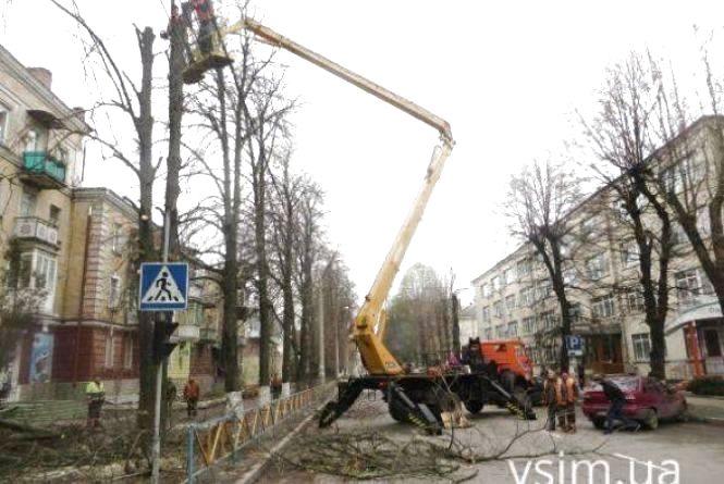 У понеділок, 22 жовтня, обмежать рух на двох вулицях у центрі Хмельницького