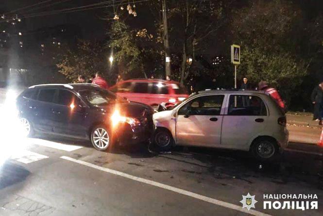 Аварія з автобусом і лобове зіткнення на Бандери: хроніка ДТП у Хмельницькому