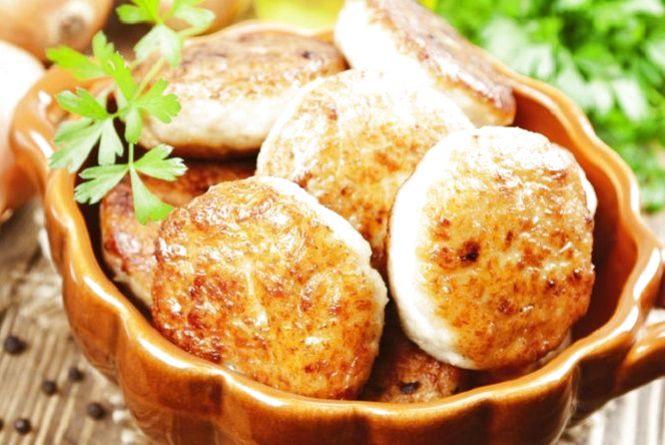 Смачний сніданок: готуємо курячі котлети з гарбузом