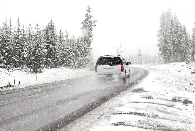 Хмельницьких водіїв просять бути обережними на дорозі