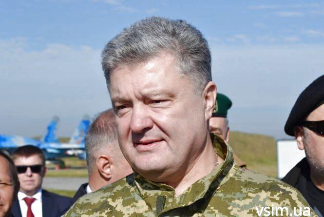 У Хмельницький приїде Петро Порошенко