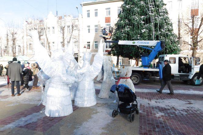 Дзеркальне шоу і білі ведмеді: чим дивуватимуть хмельничан під час різдвяних гулянь