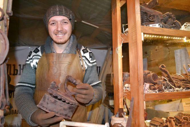 Що і за скільки продають на Різдвяному ярмарку в центрі Хмельницького