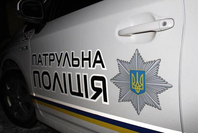 Збитий пес та побиті авто: у Хмельницькому розшукують водіїв-втікачів