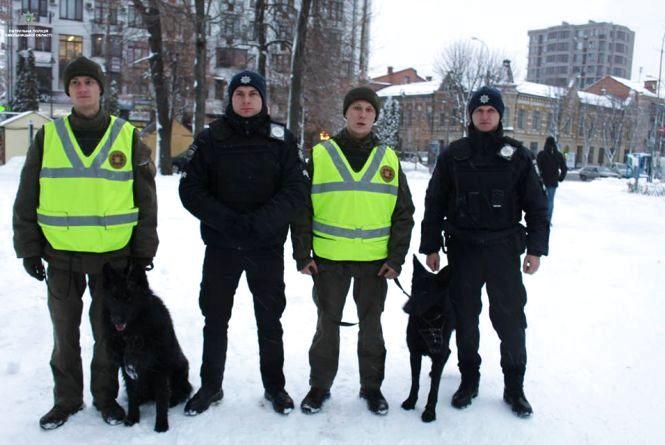 Хмельницьку поліцію перевели в посилений режим служби