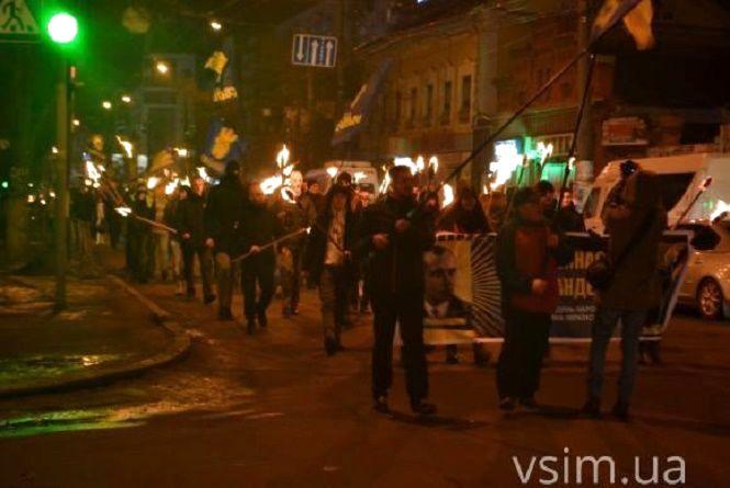 Вулицями Хмельницького пройде смолоскипний марш на честь Степана Бандери