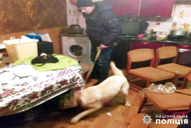 У Шепетівці затримали банду наркоторговців
