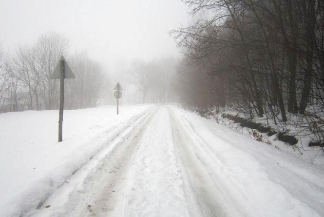 Негода відступає: яка ситуація на дорогах Хмельниччини