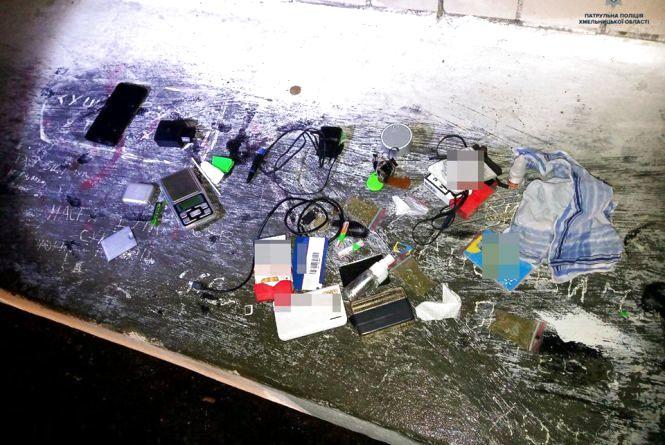 31-річний хмельничанин гуляв нічним містом з повними кишенями наркотиків