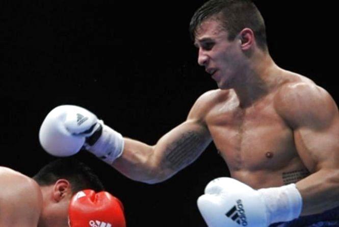 Хмельницький боксер Лазарєв проведе бій у Південній Африці
