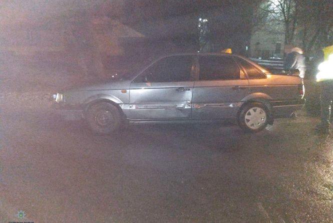 """У Хмельницькому розшукують коричневу """"Audi"""", яка втекла з місця ДТП"""