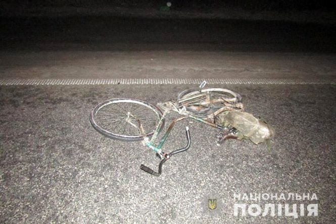 Поблизу Хмельницького насмерть збили велосипедиста